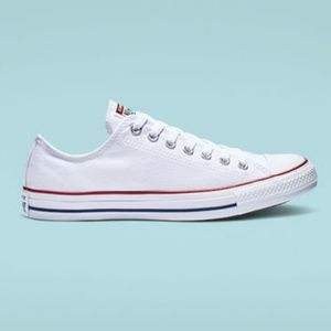 Converse All Stars in Optical White Size 9 Woman's